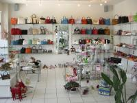 大阪府のおすすめ美容室・ネイルサロン -  VALIANT店舗画像